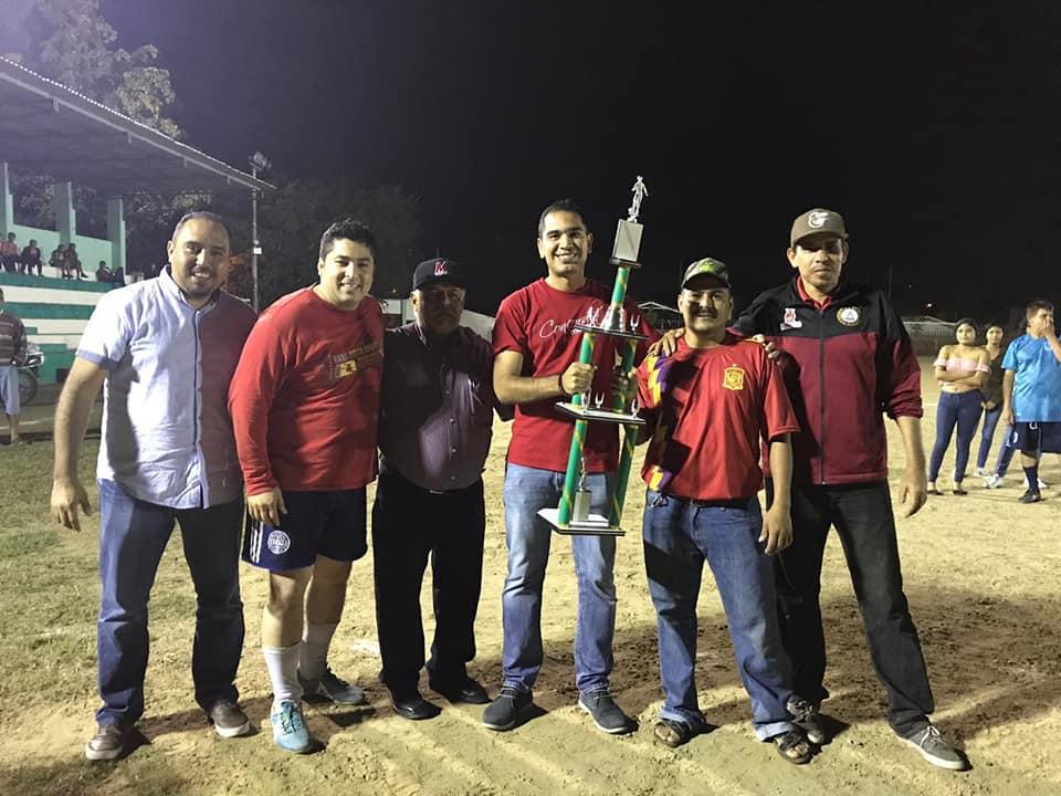 """Titanes, campeón de la Liga """"Pachanga"""""""